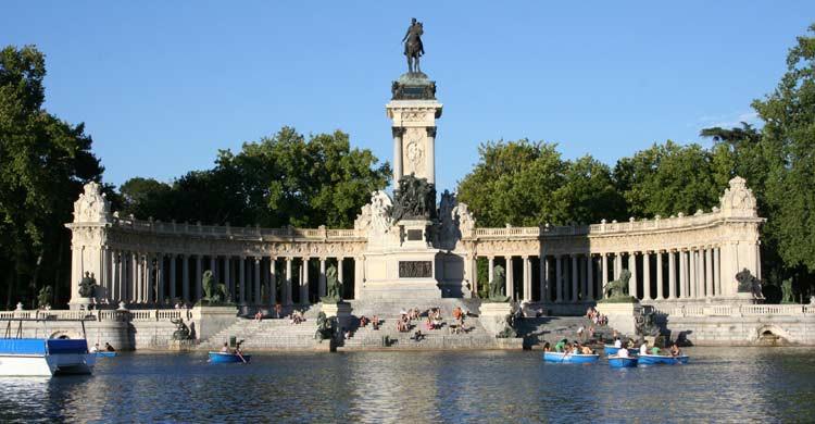 Parque del Retiro (wikimedia.org)