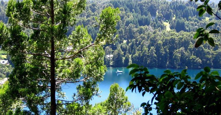 Imagen del lago (http://www.parquesnacionales.gob.ar/)