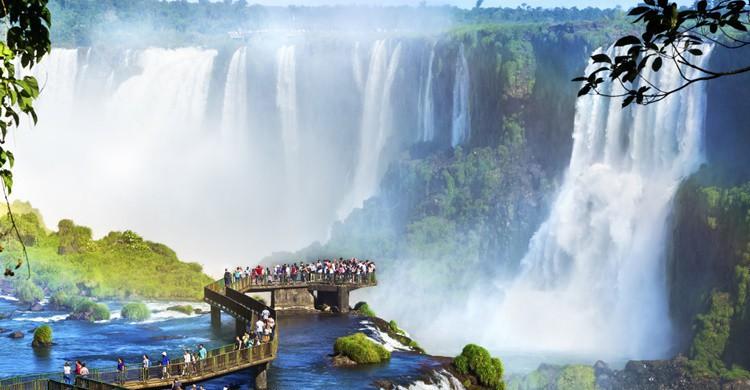Cataratas de Iguazú. Rmnunes (iStock)