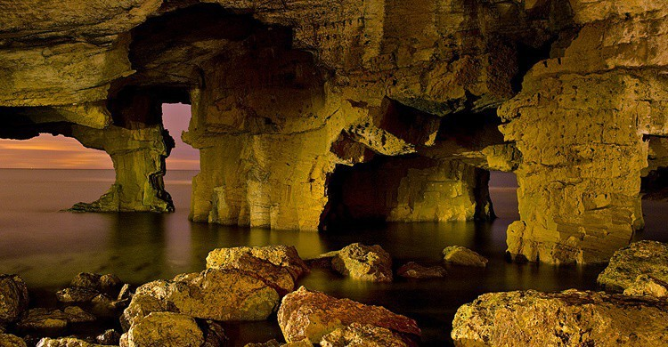 Cova Tallada de Denia. Jordi nll (Flickr)