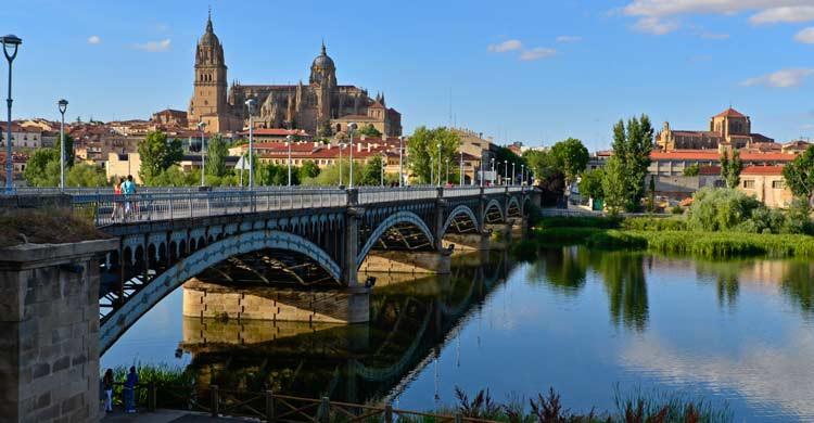 Salamanca está bañada por el Tormes (wikimedia.org)