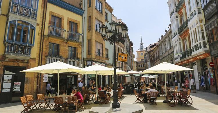 Terraza en Oviedo. Jorisvo (iStock)