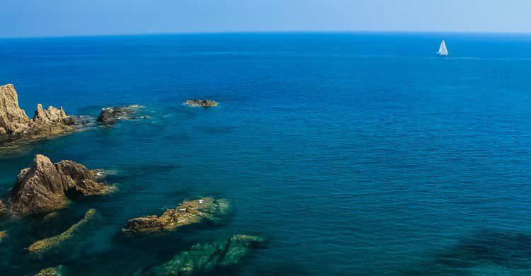 Arrecife de Las Sirenas en el Cabo de Gata, paraíso del buceo en España(wikimedia.org)
