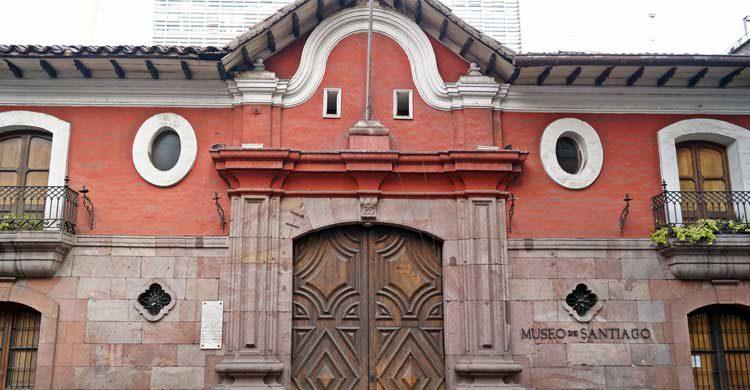 La Casa Colorada (wikimedia.org)