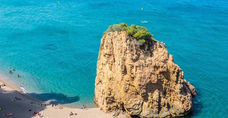 Bucear en las islas Medas, en la Costa Brava (iStock)