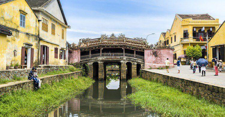 Pequeño canal de Hoi An. FabVietnam_Photography (iStock)