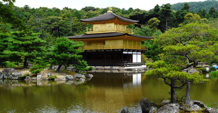 Templo de Kinkaju-ji. Zigomar (Wikipedia Creative Commons)