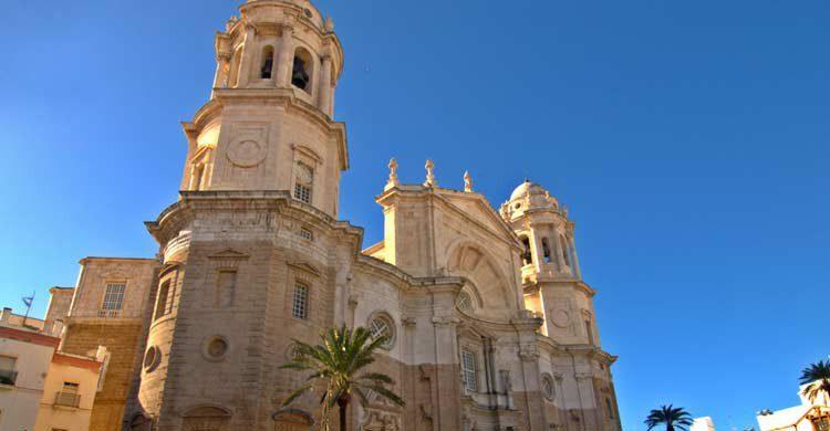 Catedral de Cádiz (wikimedia.org)