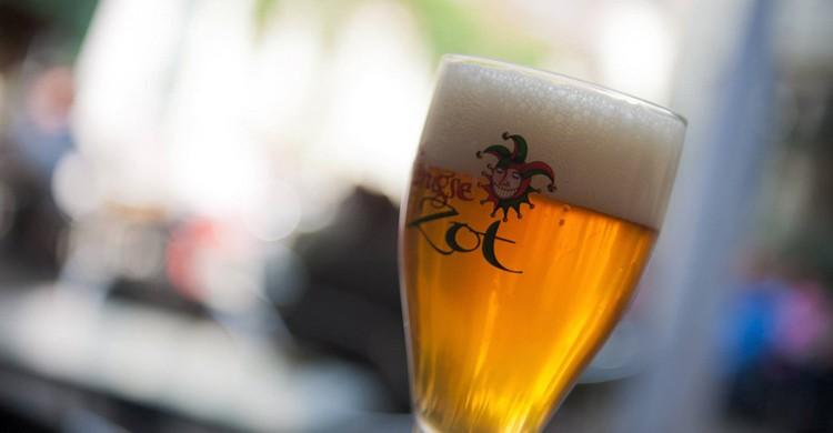 Copa de cerveza de grifo Brugse Zot. De Halve Maan (Facebook)