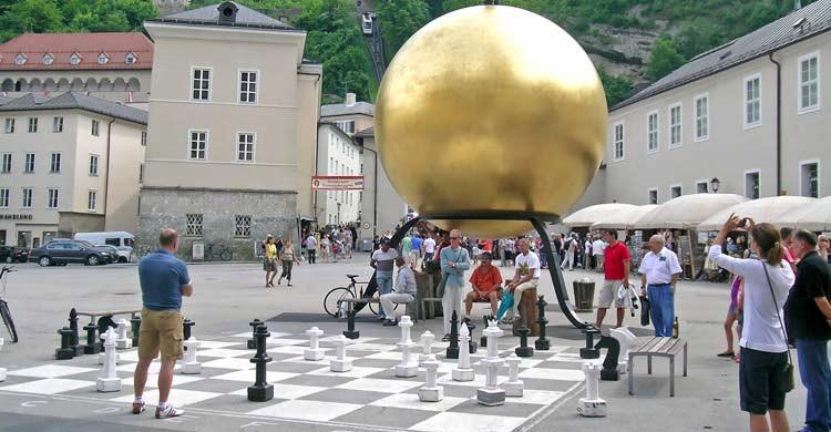 Ajedrez gigante de Residenplatz (iStock)
