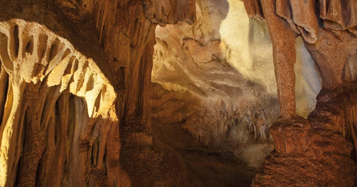 cuevas en asturias para visitar