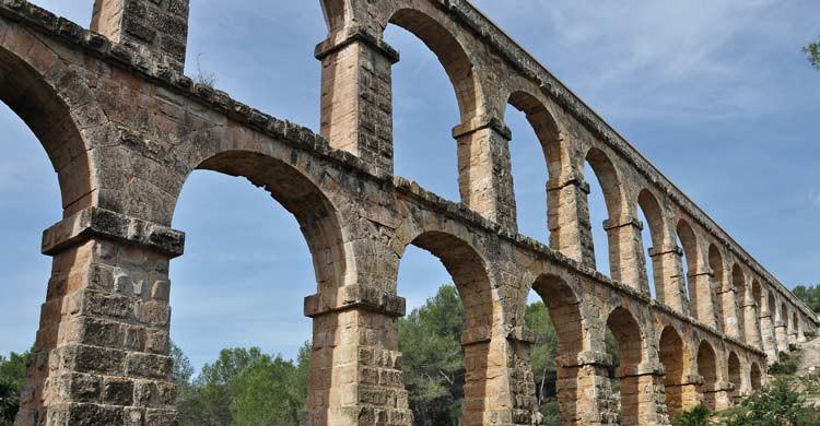 Les Ferreres o Pont del Diable (wikimedia.org)