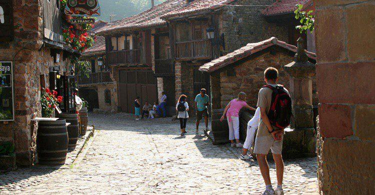 Calle en Bárcena Mayor. Montserrat Labiaga Ferrer (Flickr)