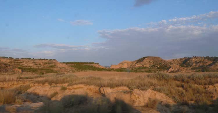 Desierto de Los Monegros (wikimedia.org)