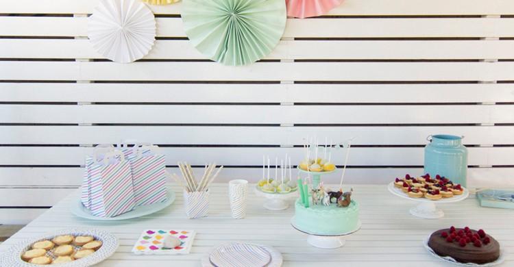 Mesa de cumpleaños (Ofelia Bakery)