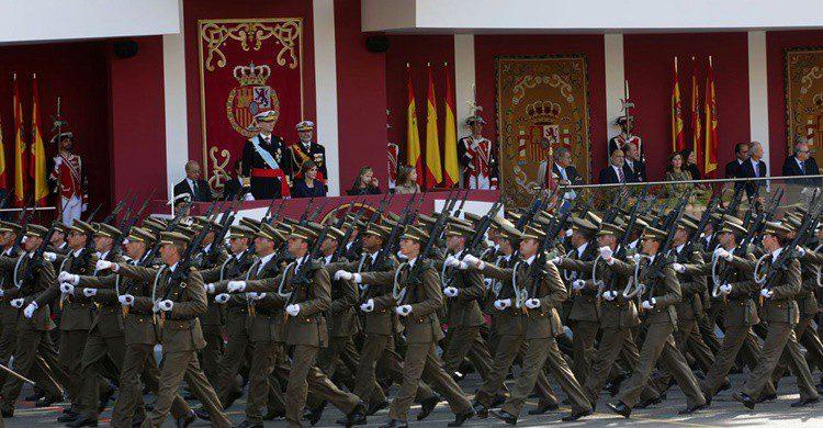 Desfile del 12 de octubre de 2015. Ejército de Tierra (Flickr)