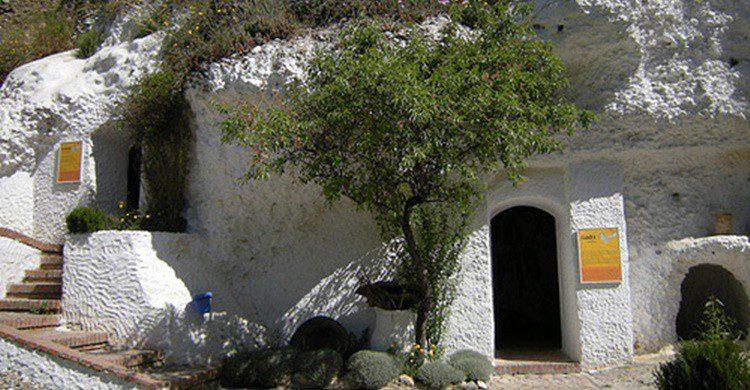 Museo de Cuevas del Sacromonte (http://www.sacromontegranada.com/)