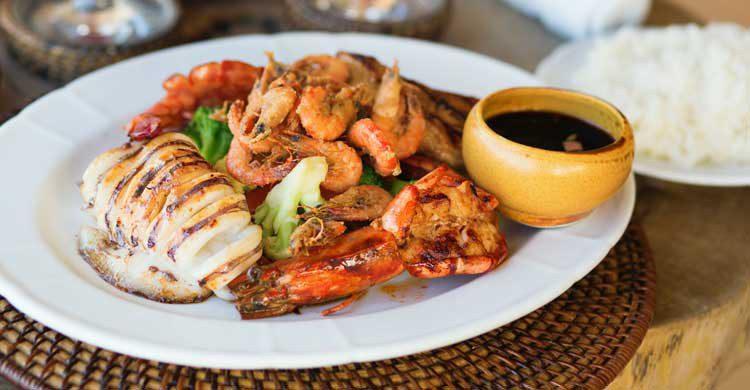 Además del arroz, la cocina filipina también destaca por sus pescados (iStock)