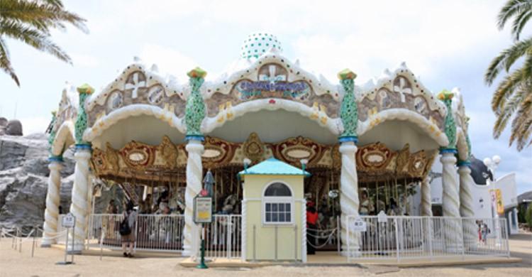 El carrusel Gaudí (www.parque-net.com)
