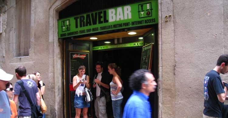 Travel Bar. Dani Lurie (Flickr)