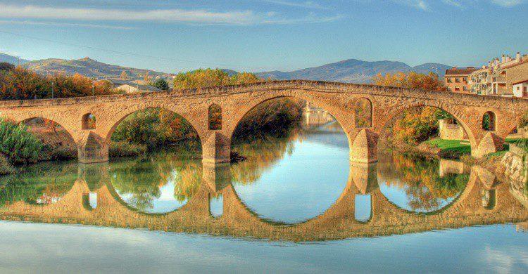 Puente románico de Puente la Reina. Aherrero (Flickr)