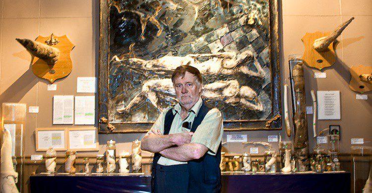 Imagen del fundador del museo (http://phallus.is/es/fotos.html)