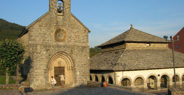 Capilla de Santiago y del Espíritu Santo en Roncesvalles. José Antonio Gil Martínez (Flickr)