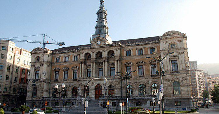 Ayuntamiento de Bilbao (Horrapics, Flickr)