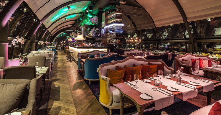 Vista de la sala principal (White Rabbit Restaurant&Bar, Facebook)