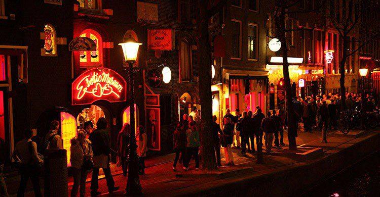 Barrio Rojo de Ámsterdam (Pixabay)