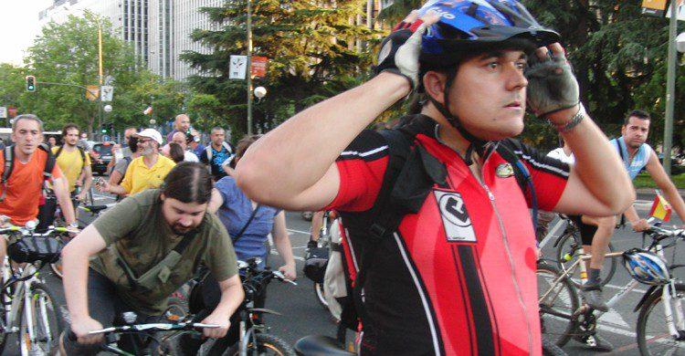 Es importante utilizar casco cada vez que montamos en bicicleta. Olga Berrios (Flickr)