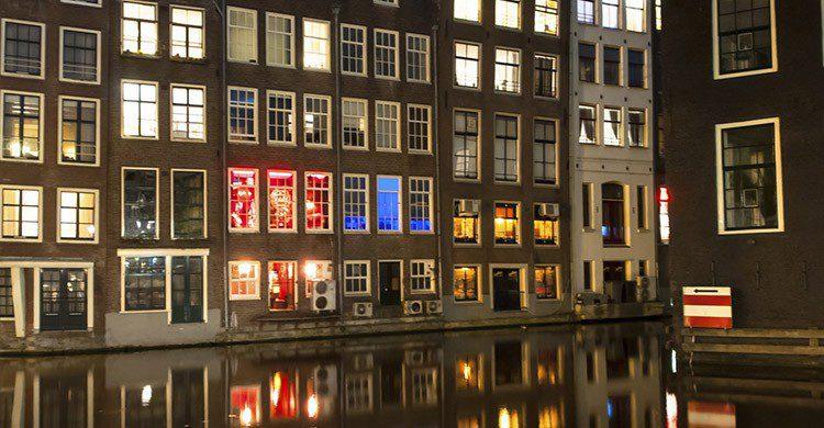 Barrio Rojo de Ámsterdam (iStock)