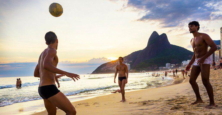 Playa de Ipanema, en Río de Janeiro (iStock)
