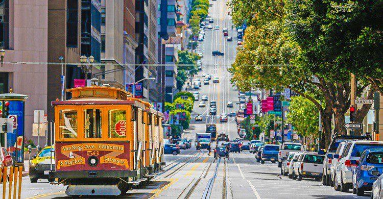 Tranvía en San Francisco. Batuhanozdel (iStock)