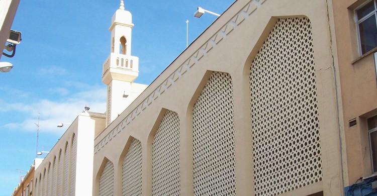 Mezquita Abu Bakr o Mezquita Central de Madrid (wikimedia.org)