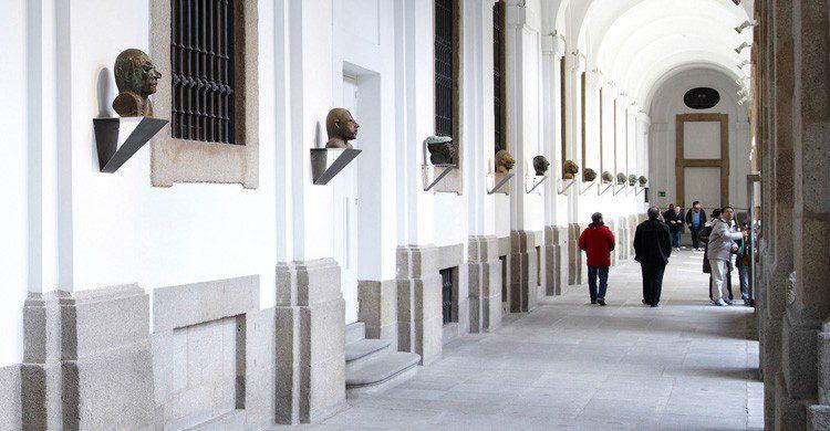 ascensores funcionan solos Reina Sofía (museoreinasofia.es)