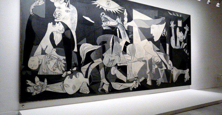 maldición Picasso Guernica (wikipedia)