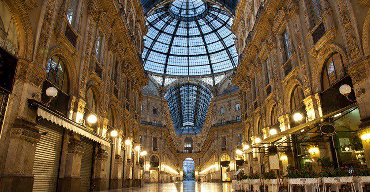 Galería Vittorio Emanuelle de Milán. Robvs (iStock)