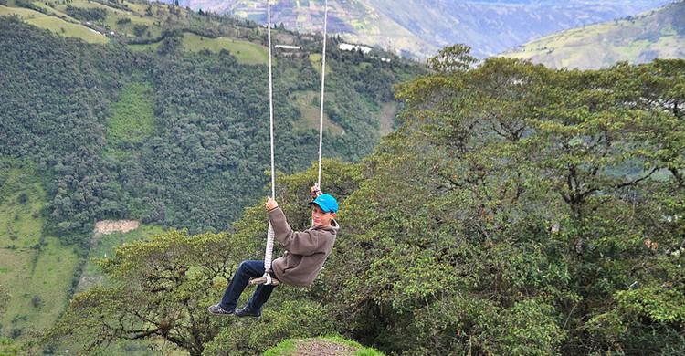 Swing at the End of the World, Baños, Ecuador (Rinaldo W., Foter)