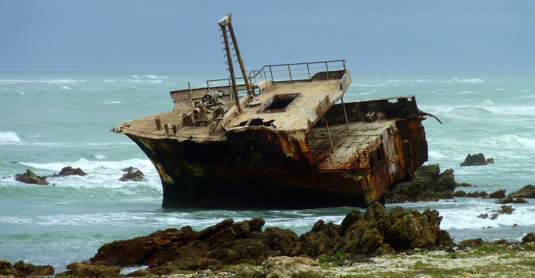 El naufragio del Meisho Maru No. 38 (Christopher_Griner, Foter)