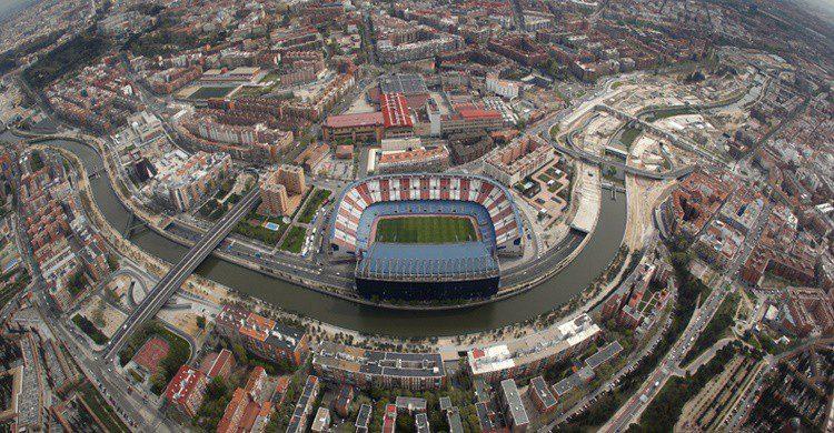 Vista aérea del Vicente Calderón (https://www.atleticodemadrid.com)