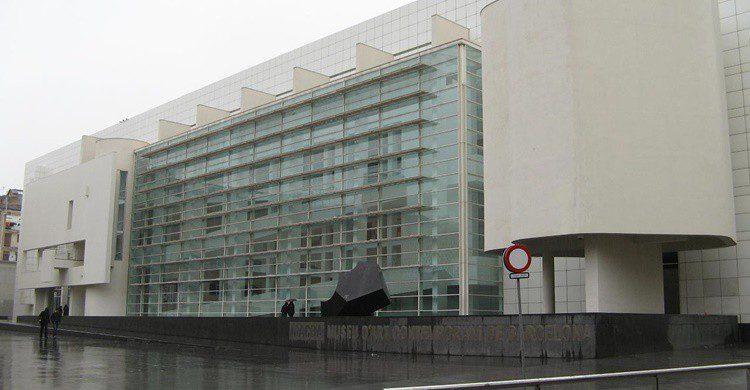 Museo de Arte Contemporáneo de Barcelona, MACBA. Andrea Lodi (Flickr)