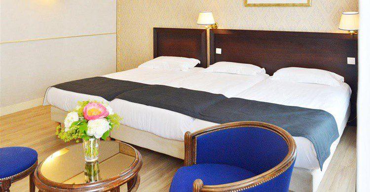 Habitación triple del Unic Hotel. (http://en.hotel-unic.com/)