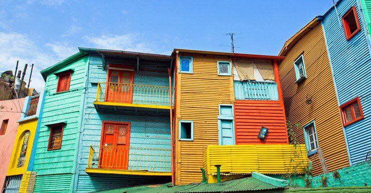 Uno de los famosos conventillos de La Boca. Elxeneize (iStock)