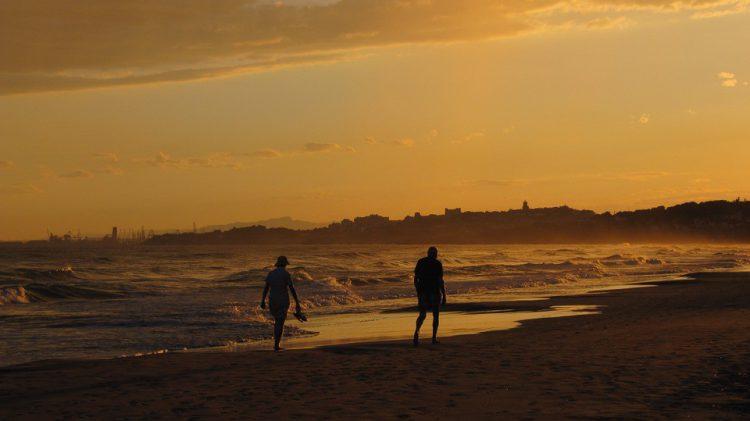 Camping junto al mar en Tarragona (Pixabay)