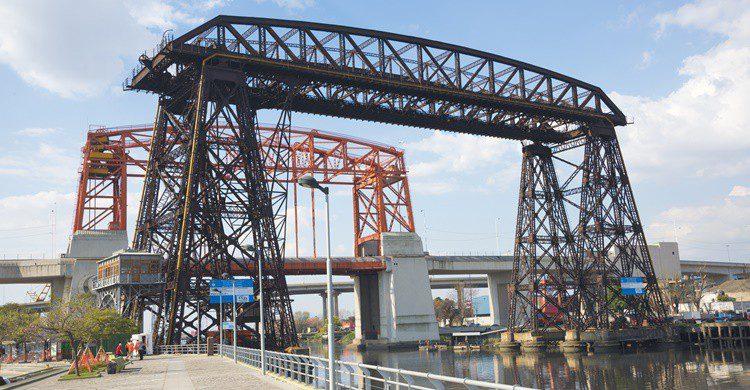 Imagen del Puente Trasbordador Nicolás Avellaneda. Yio (iStock)
