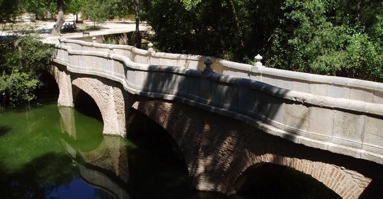 Puente de la Culebra (Edescas, Wikipedia)