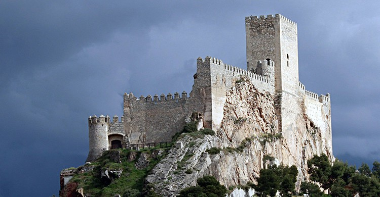 Vistas del castillo de Almansa, Albacete