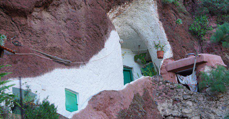 Casa en la roca en Guadix. Iphotographer62 (iStock)
