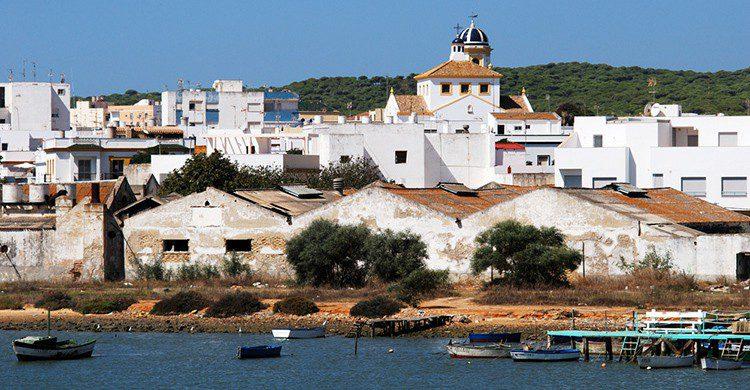 Típicas casas blancas en Barbate, Cádiz
